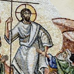 Gesù afferra per il polso Adamo tirandolo a sè